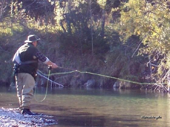 Ralf beim Äschenfischen - 08