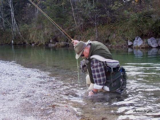Ralf beim Äschenfischen - 11