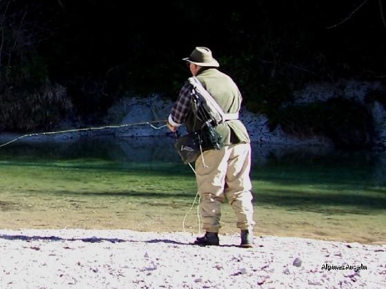 Ralf beim Äschenfischen - 03